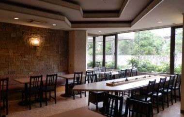 http://www.hotelsansui.co.jp/images/enkai/enkaijou/restraunt_suginami.jpg